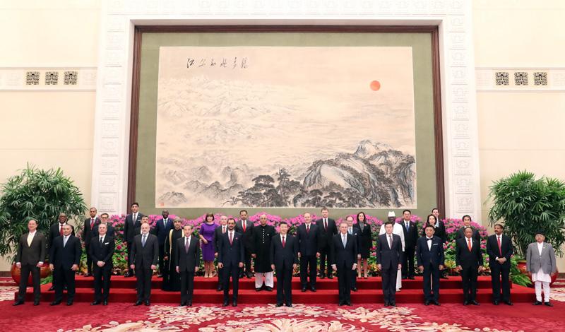 习近平接管本国新任驻华大使递交国...