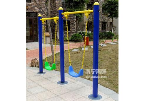 凤岭山语城住宅区健身路径2
