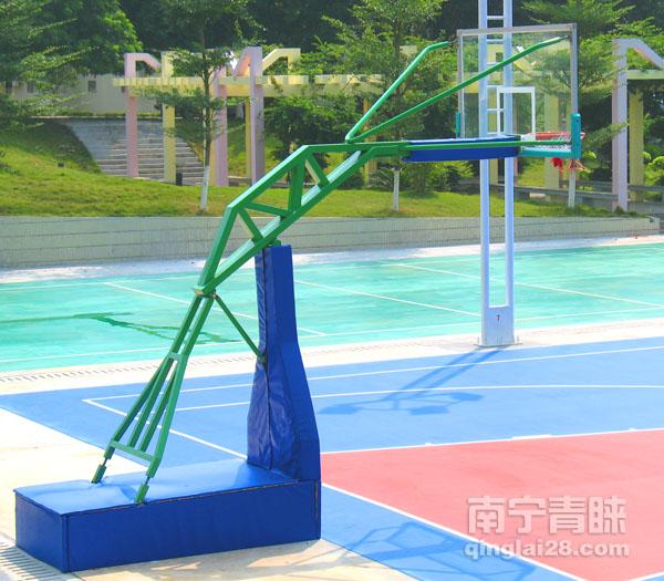贵港军区医院液压篮球架