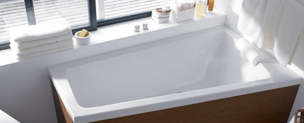 Model:SR5H002,Movable skirt Massage Bathtub