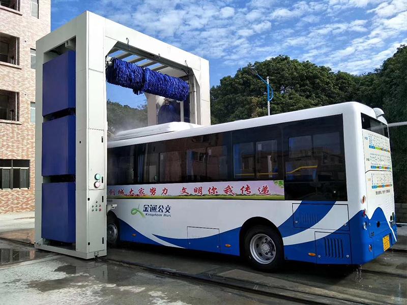 巴士洗车机5