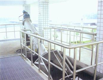 LDW型螺旋输送格栅除污机