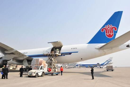 空运货物走客机和货机的区别及注意事项,你知道吗?
