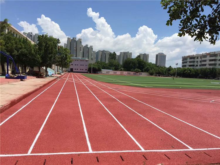 学校操场跑道施工