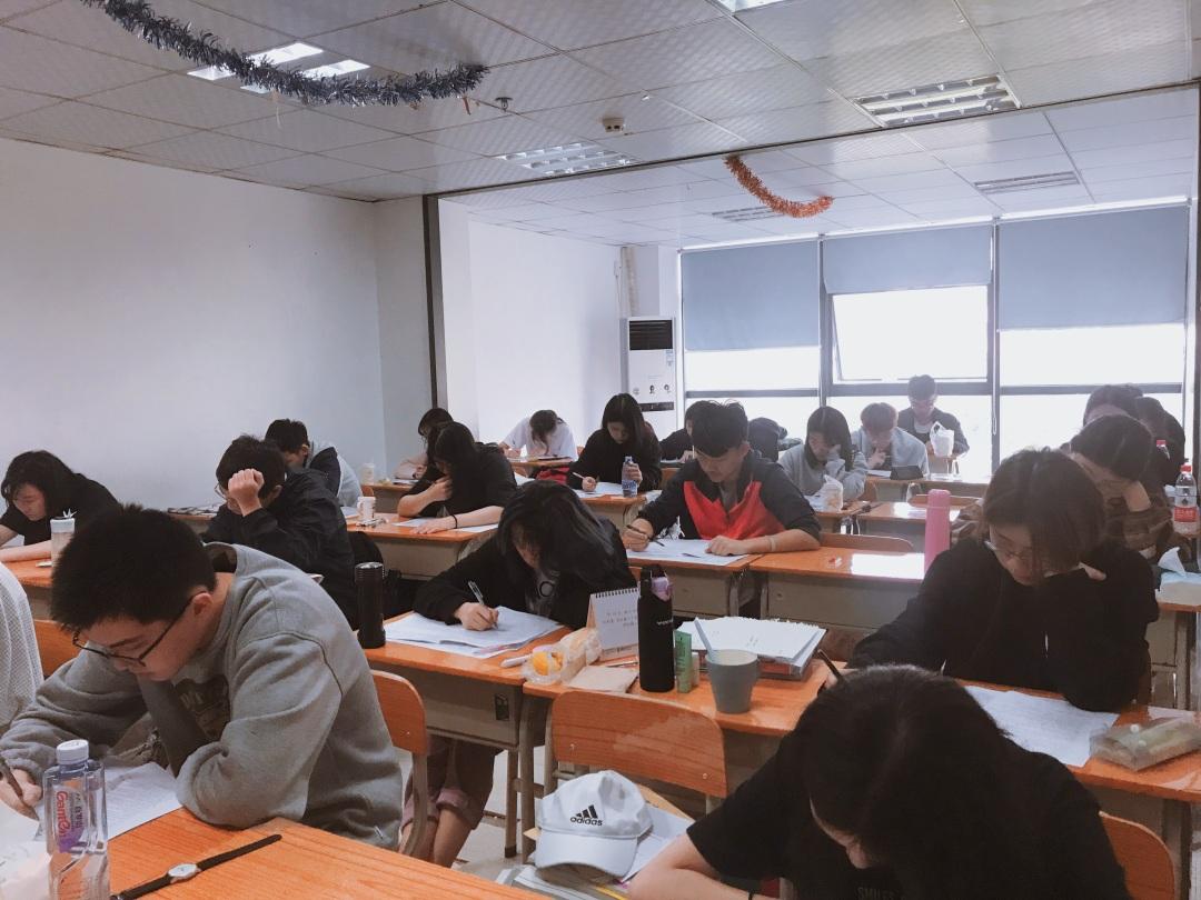 联考中国2019届考前最后一次模拟考试即将开始!