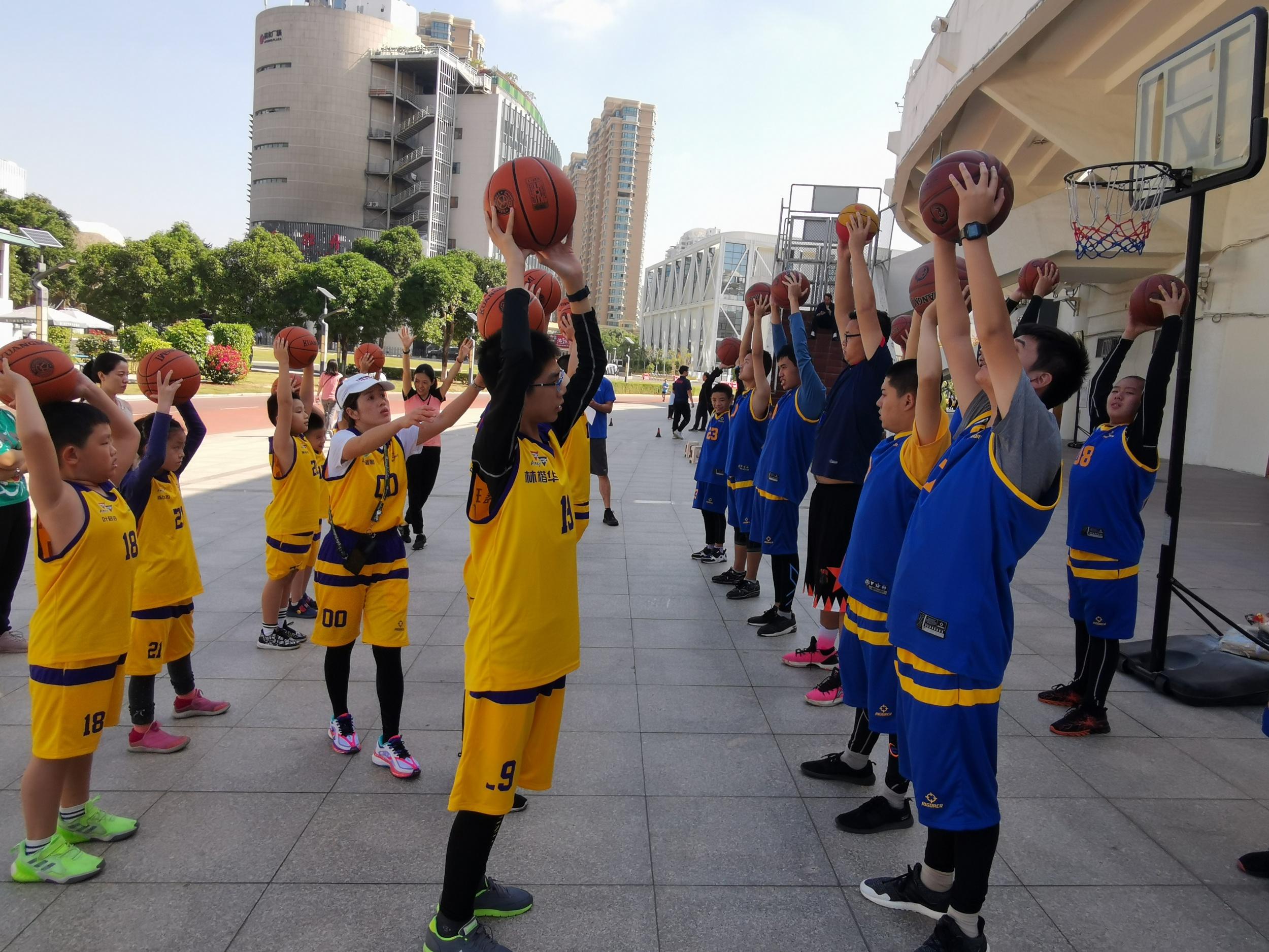 星光篮球队训练营第一期结营暨第二...