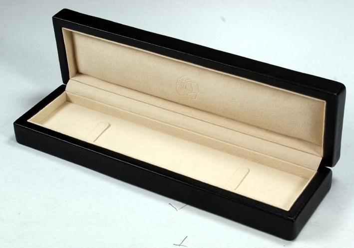 C木盒首饰盒-高档真皮珠宝首饰套盒