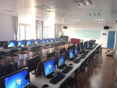 计算机辅助翻译实训室