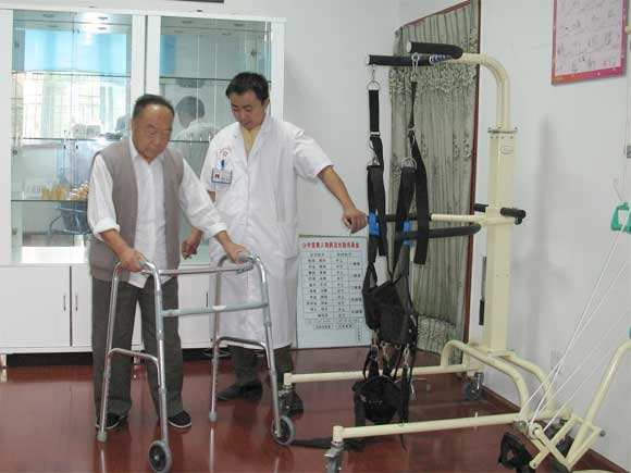 康复训练有助于减少骨折并发症