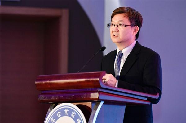 鼎捷软件董事长叶子祯:装备制造业数...