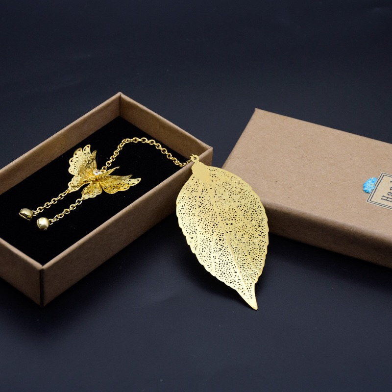 Vintage Metal Book Mark Bookmarks Leaf with Pendants for Students Girls Women (Gold 3D Butterfly)