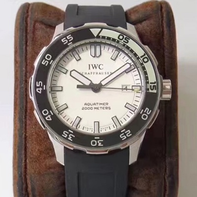 IWC - 3AIWC206