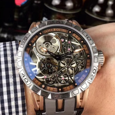 Roger Dubuis - 3ARS96