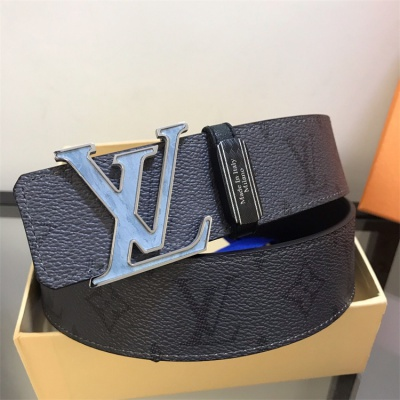 Louis Vuittion Belt - LV8750
