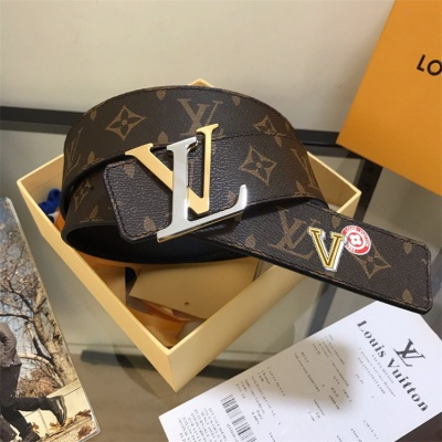 Louis Vuittion Belt - LV8752