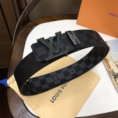 Louis Vuittion Belt - LV8758