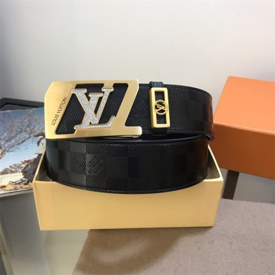 Louis Vuittion Belt - LV8775