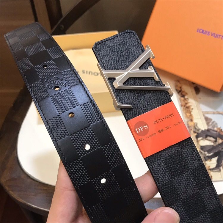 Louis Vuittion Belt - LV8797