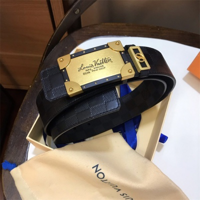 Louis Vuittion Belt - LV8800