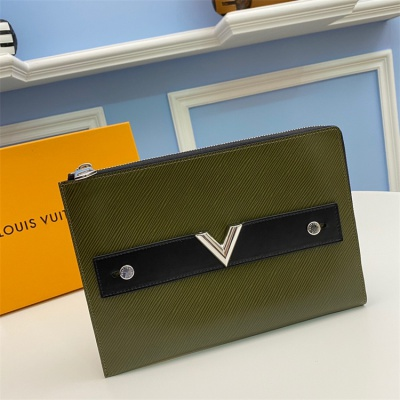 M62092 - LV Hunter Green Pochette Plate Essential Leather Wallet