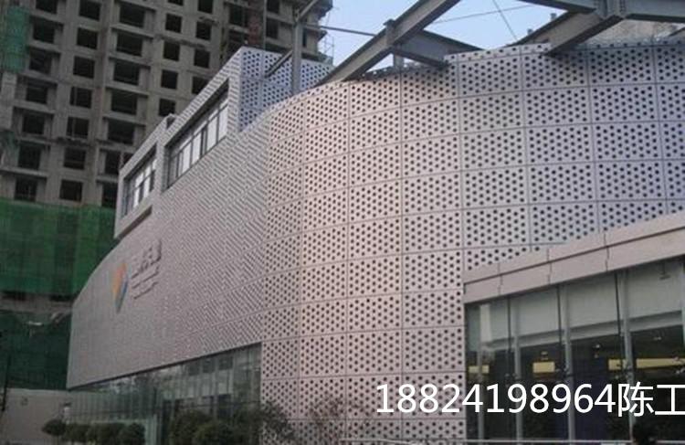 深挖新型广东铝单板十大品牌的广泛应用领域?