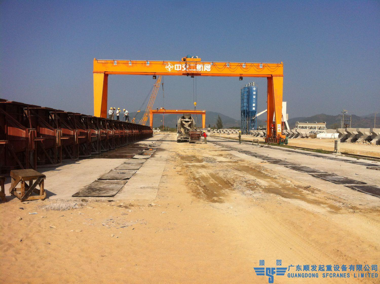 中交二航局-MHS型雙梁龍門吊