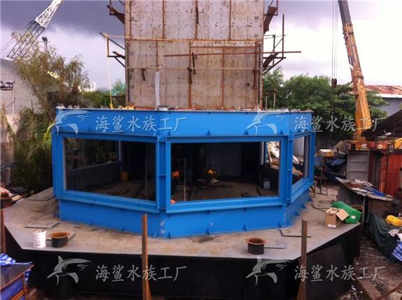 水族馆柱形鱼缸墙建造
