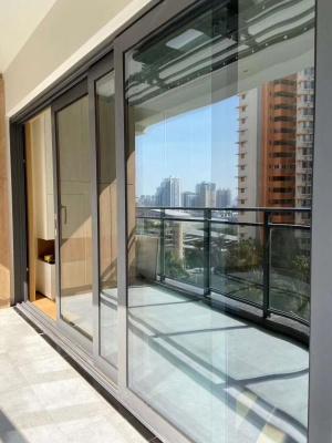 HT102 Three Tracks Sliding Door
