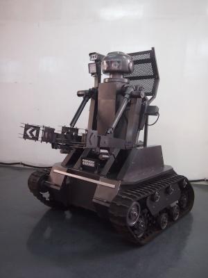 海鹰双臂智能排爆救援机器人