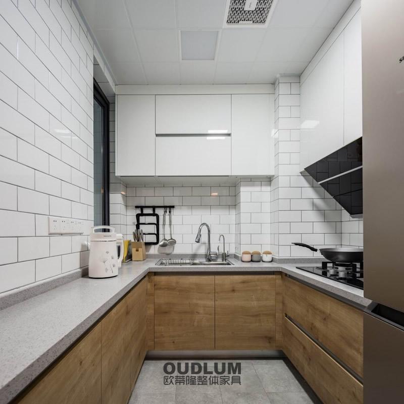 CG12002  整体厨房木饰面+PETG高光门 C拉手橱柜 欧蒂隆.OUDLUM 全屋定制