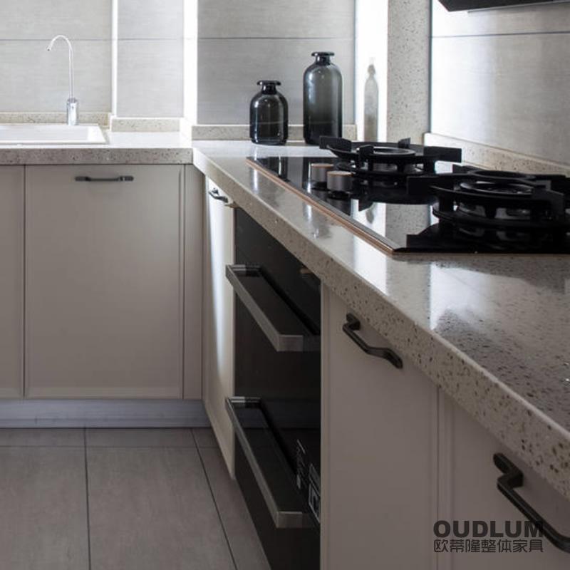 CG32006 整体厨房模压门橱柜 欧蒂隆.OUDLUM 全屋定制