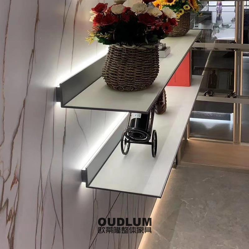 现代轻奢挂壁LED置物架后氧型铝合金置物金属架A6218