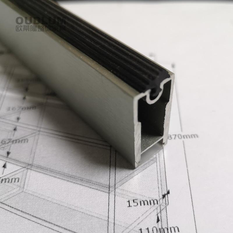 特灰色拉丝 防滑软胶条加厚挂衣杆 充电型 电源型