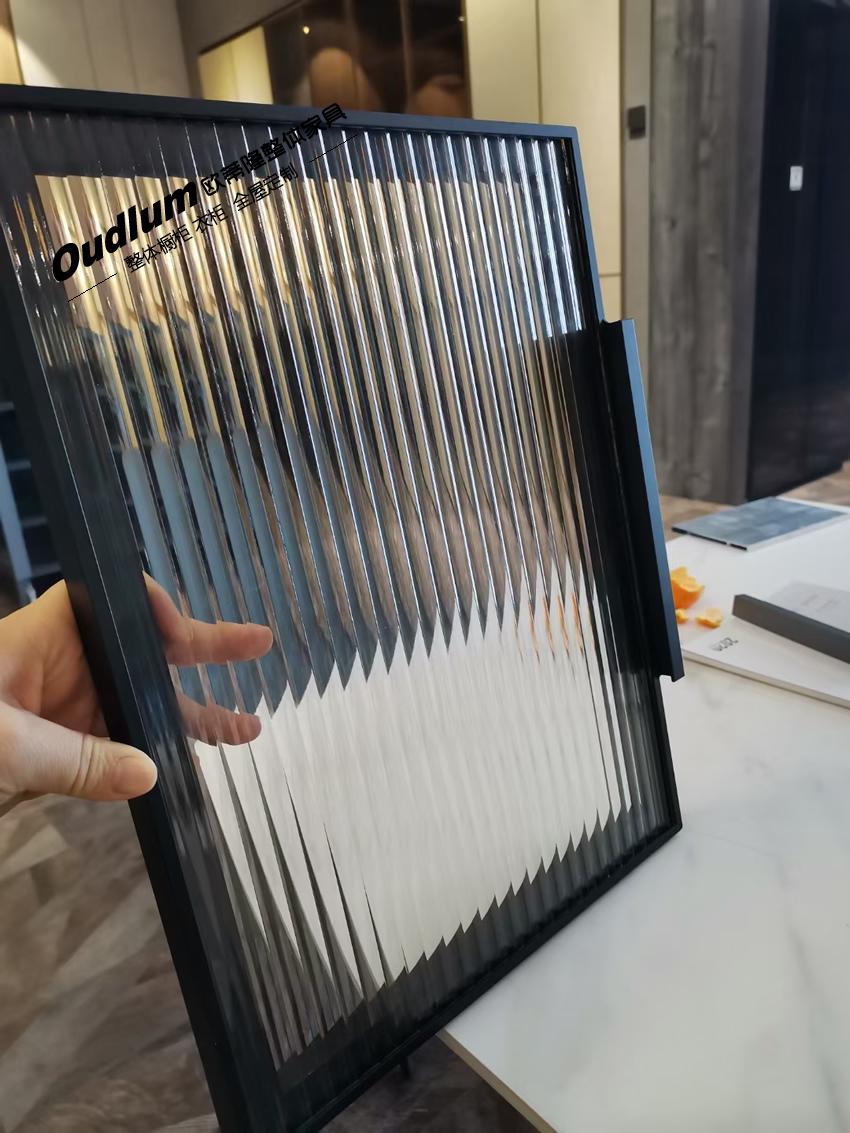 轻奢窄框玻璃门 JM-A7111 哑黑 长虹玻璃(艺术玻璃)