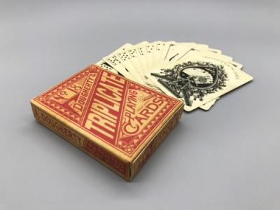 广州限量版扑克牌精品黑芯纸扑克牌厂家