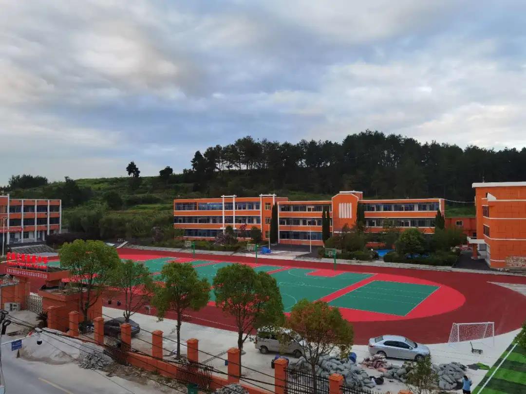 喜讯:国 家 奖学金获奖学生名单公布贵州省647名学生获奖