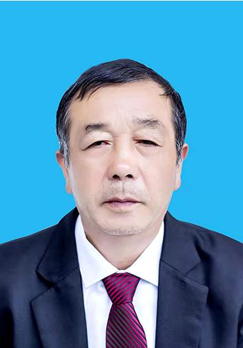 长顺县文博 高 级 中学,奖励政策,教师包楚勇简介