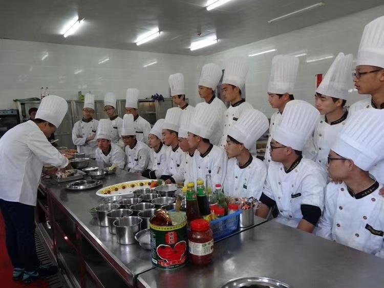 贵州铝业技师学院官网  2+1中职订单班(烹饪)专业介绍,就业保障