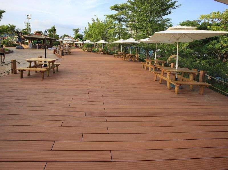 如何更好的安装塑木地板?