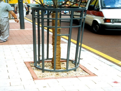行人專區樹圈  Tree Guard for Pedestrian Area