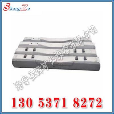铁路水泥枕木