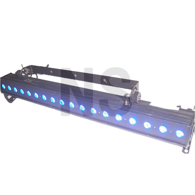 LED 18粒8瓦四合一条形灯