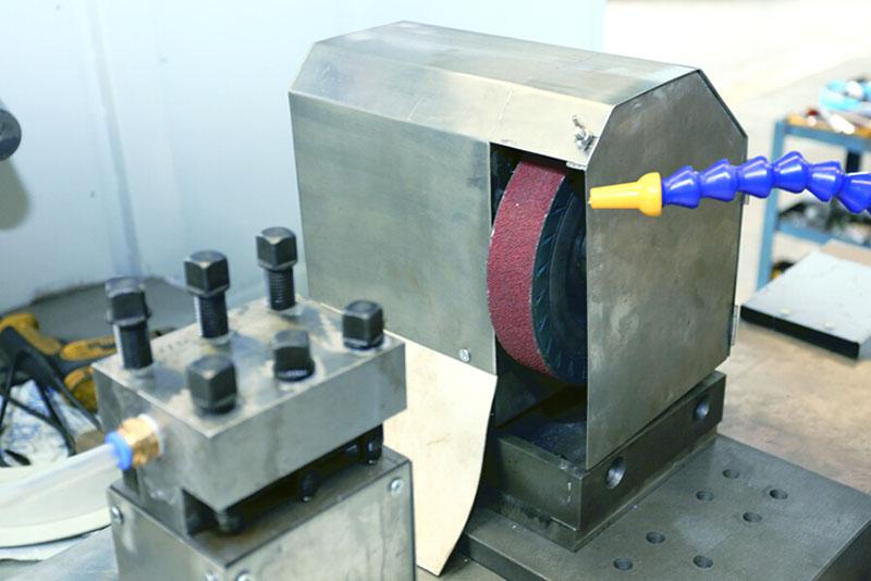 Automatic Cutting & Grinding Machine