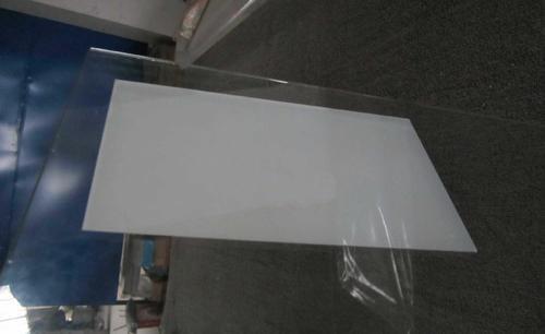 关于液晶屏组成材料之一的液晶玻璃基板