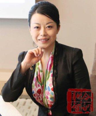 罗惠依《色彩搭配与着装风格-女性魅力形象塑造》