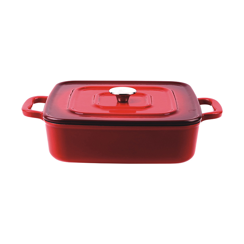 Covered square braising pan