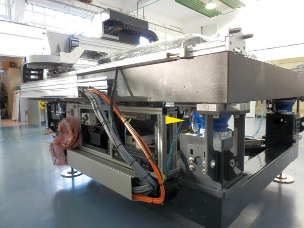 PAL应用于玻璃测量-振动控...