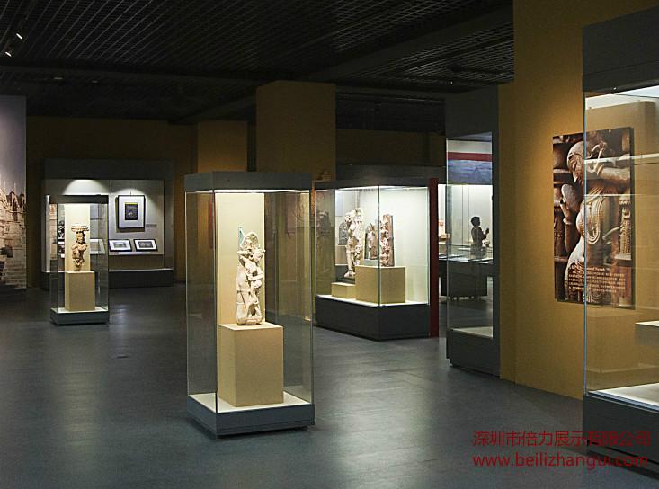 博物馆展柜玻璃的全面分析,倍力展示与您探讨