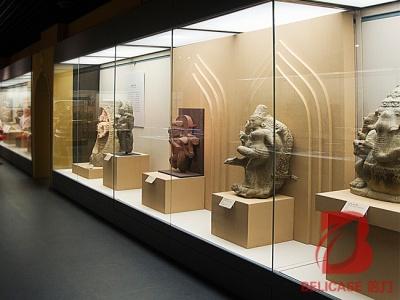 博物馆靠墙展柜M043