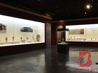 博物馆沿墙柜M045